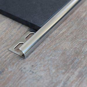 Tegelprofielen Rvs En Aluminium Wat Is Het Prijs Verschil Lijmkam Nl